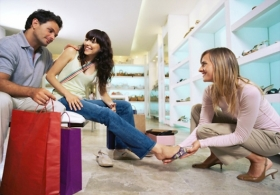 The Do's and Don'ts of Shoe Shopping