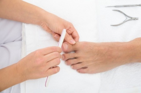 Safety Tips for the Nail Salon
